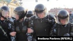 ОМОН на Болотной площади 6 мая 2012 года