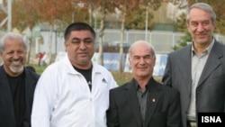 غلامحسین پیروانی (نفر دوم از سمت چپ) از سرمربیگری تیم فوتبال المپیک ایران کناره گیری کرد.