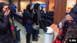 ایلنا مینویسد حین برگزاری مراسم روز دانشجو در دانشگاه علامه «عدهای ناشناس گاز فلفل به سالن انداختند»