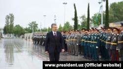"Президент Мирзиёев ""Ғалаба боғи""нинг очилиш маросимида."