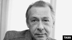 Фонд Станиславского подготовил к изданию книгу «Олег Ефремов и его время»