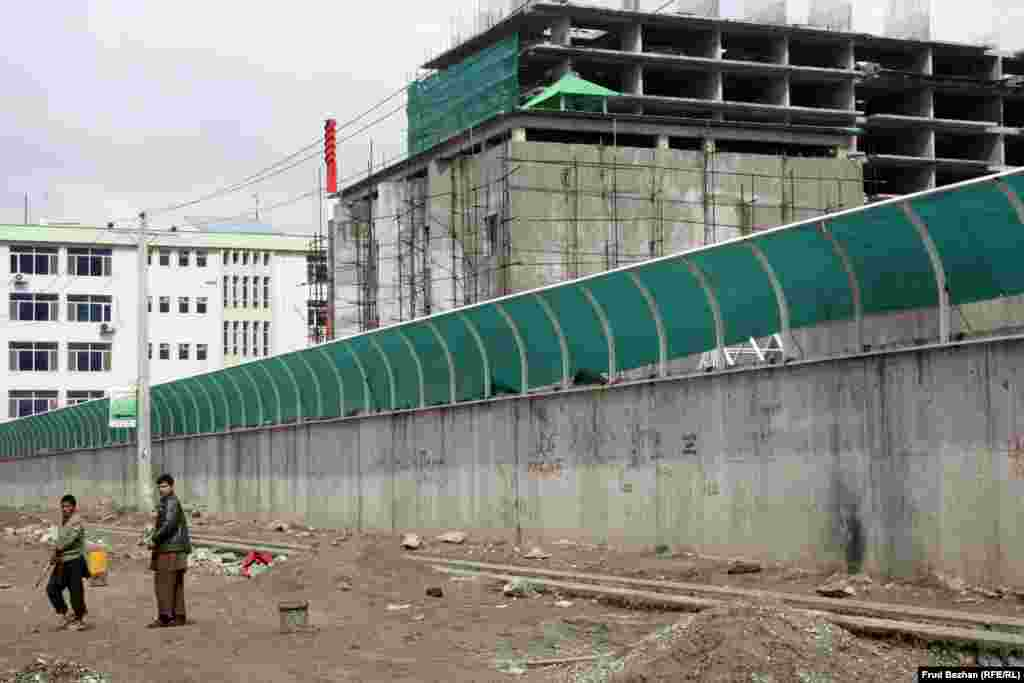 Kabul - the Russian Cultural Center that's being built. 28 March 2014