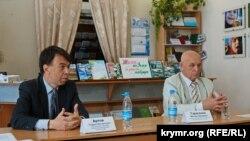 Керівники Кримської асоціації «Екологія і світ» Андрій Артов (зліва) і Віктор Тарасенко