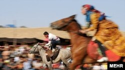 Iran: Festivali tradicional i nomadëve.