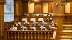Opoziția boicotează ședințele parlamentare. Caută guvernul Chicu pretext de demitere?