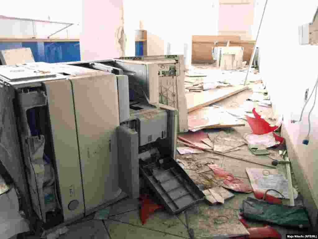 Городская администрация Тузлы после захвата, 8 февраля