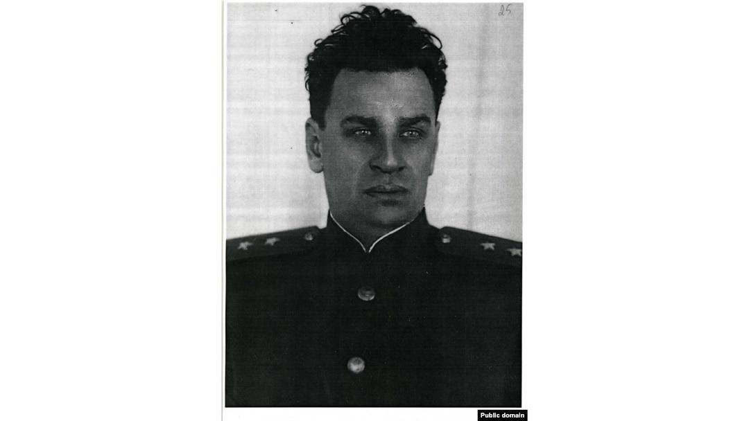 Міністр держбезпеки УРСР генерал-лейтенант Сергій Савченко