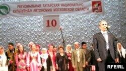 Фәрит Мохтасаров чыгыш ясый