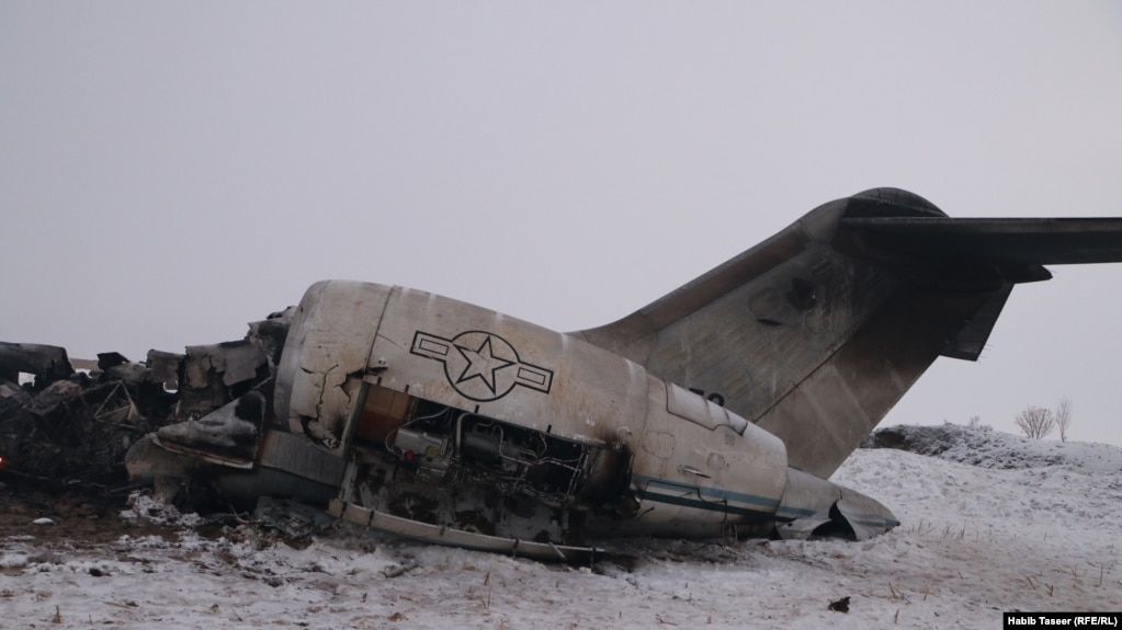 هواپیمای آمریکایی سقوط کرده در غزنی