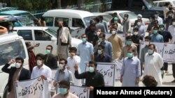 Протест медиків у Кветті, Пакистан, 6 квітня 2020 року