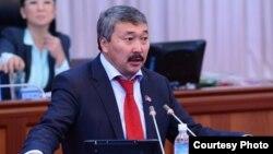 Карганбек Самаков.