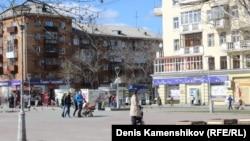 Екатеринбург. Пешеходная улица в центре Уралмаша