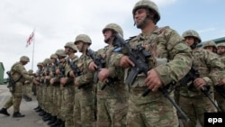 Gürcüstan ordusunun zabitləri
