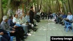 افزایش تعداد خانوارهای بدون فرد شاغل طی یک دههفگزارشی از پایگاه داده باز ایران
