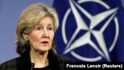 Посол США в НАТО Кей Бейлі Гатчисон