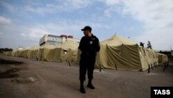 Черкизов базарынын аймагындагы мигранттар лагери. 2013-жыл