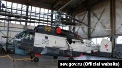 В ремонтном цеху Севастопольского авиационного предприятия, апрель 2016 года
