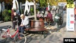 Најавеното покачување на платите и пензиите ќе се случи пред изборите во 2103-та година.