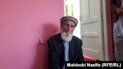 محمد ضیاء پدر بهرالدین در جریان مصاحبه با رادیو آزادی