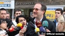 """Кандидатот за градоначалник на Центар од """"Сојузот за иднината"""" Андреј Жерновски."""