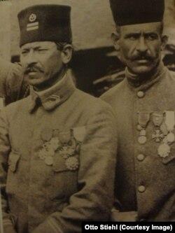 Militari tunisieni decorați (dintr-o unitate colonială franceză) (Foto: Public domain)
