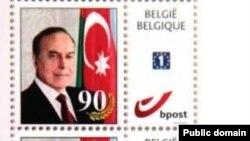 Почтовая марка с изображением Гейдара Алиева, экс-президента Азербайджана.