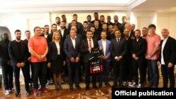 Скопје-премиерот Зоран Заев ги прими ракометарите на Вардар кои освоија прво место во Лигата на шампиони,07.06.2017