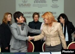 Armenia - Turkish and Armenian businesswomen at a conference in Yerevan, 22Nov2011.