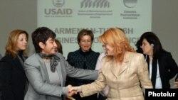 Yerevan forumu, 22 noyabr 2011.
