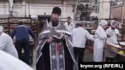 Молебень провів намісник Космо-Даміанівської обителі ієромонах отець Амфілохій