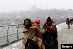 Беженцы из Сирии в Стамбуле. Февраль 2015 года