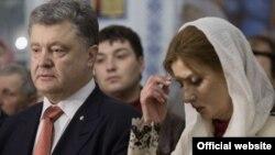 Президент України Петро Порошенко разом з дружиною Мариною