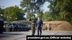 Із 00:01 27 липня на Донбасінабрала чинностічергова домовленість про «повне та всеосяжнеприпинення вогню». З того часу українські військовіне повідомляють про поранених та вбитихвнаслідок бойових дій