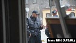 Policija obezbjeđuje konferenciju o istraživanju