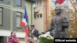 25 жовтня, у Мукачеві під час Європейського конгресу подкарпатських русинів було проголошено республіку Подкарпатська Русь<br>(фото з сайту www.zik.com.ua)
