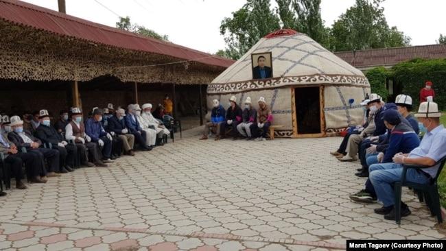 Болот Шердин тажиясы. Чоң-Капка айылы, Талас, Кыргызстан.