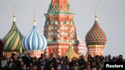 Victimele atacului cu bombă de la metroul din St. Petersburg au fost omagiate la Moscova, 6 aprilie 2017