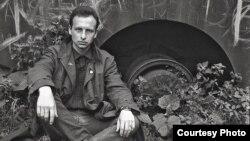 Фэлікс Аксёнцаў, 7 ліпеня 1990. Фота Ўладзімера Парфянка