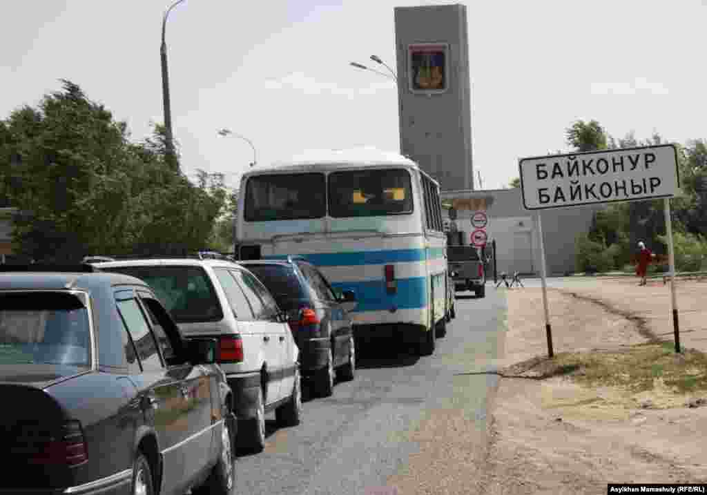 A checkpoint at the entrance to Baikonur. The line of cars is sometimes several kilometers long.