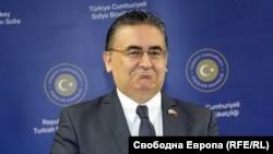 Хасан Улусой, посланик на Турция в България.