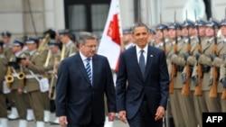 Претседателите на Полска и САД, Бронислав Коморовски и Барак Обама