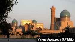Bukhara's beautiful historical, center with numerous mosques and madrasahs was added to UNESCO's World Heritage List in 1993. (file photo)