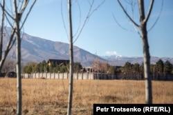 Дом, предположительно принадлежащий Болату Назарбаеву. Шамалган, 28 ноября 2018 года.