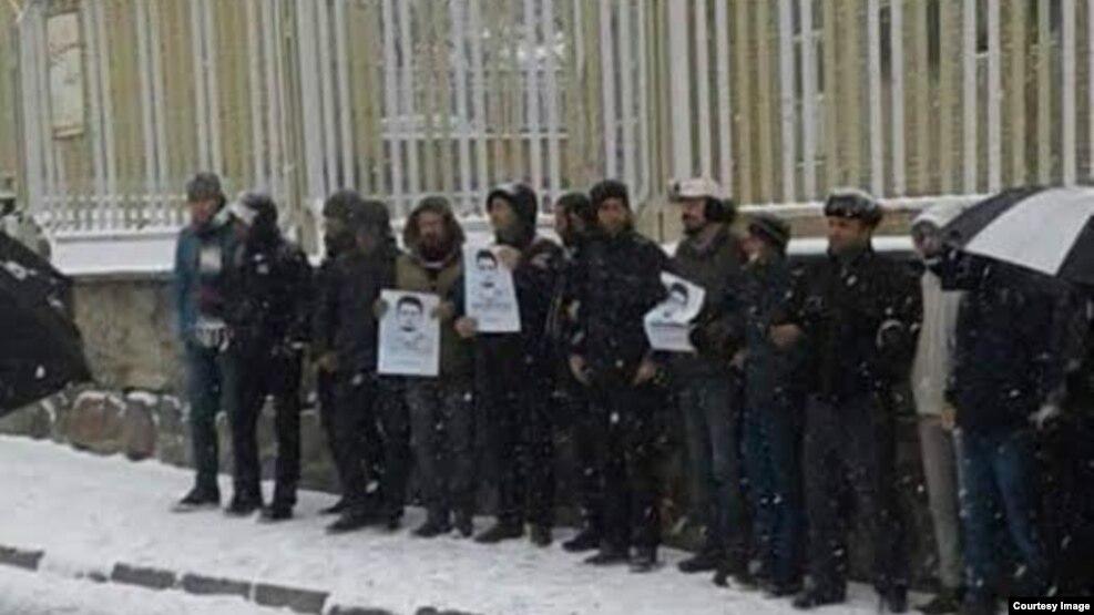 معترضان به وضعیت مرتضی مرادپور از جمله برادرش بازداشت شدند