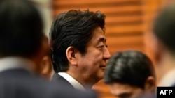 Ճապոնիայի վարչապետ Սինձո Աբե, արխիվ