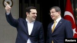 Премиерите на Грција и на Турција, Алексис Ципрас и Ахмет Давутоглу