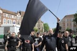 Pristalice neonacističke stranke NPD, fotografija iz arhive