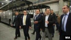 """Владиниот врв во посета на белгиската компанија """"Ван Хол"""" во ТИРЗ Скопје. јануари 2016."""