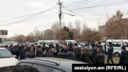 Armenia - Minibus drivers protest against higher fuel prices in Yerevan, 16Jan2018.