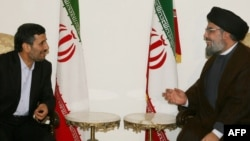 Hizballah leader Hassan Nasrallah (right) meets with Iranian President Mahmud Ahmadinejad in Beirut in 2010.